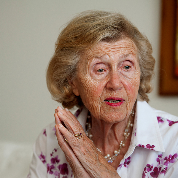 Holocaust Survivor Testimony - Henia Bryer